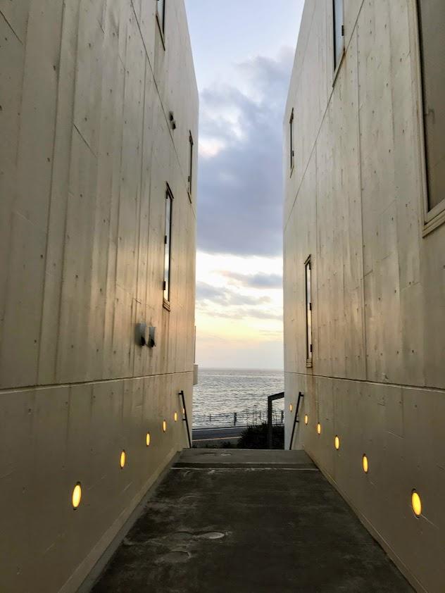 極道BL小説の舞台:海