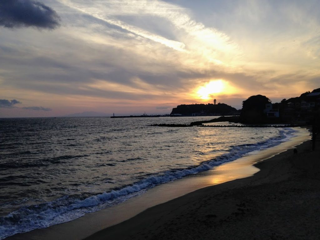 極道BL小説の舞台:七里ヶ浜